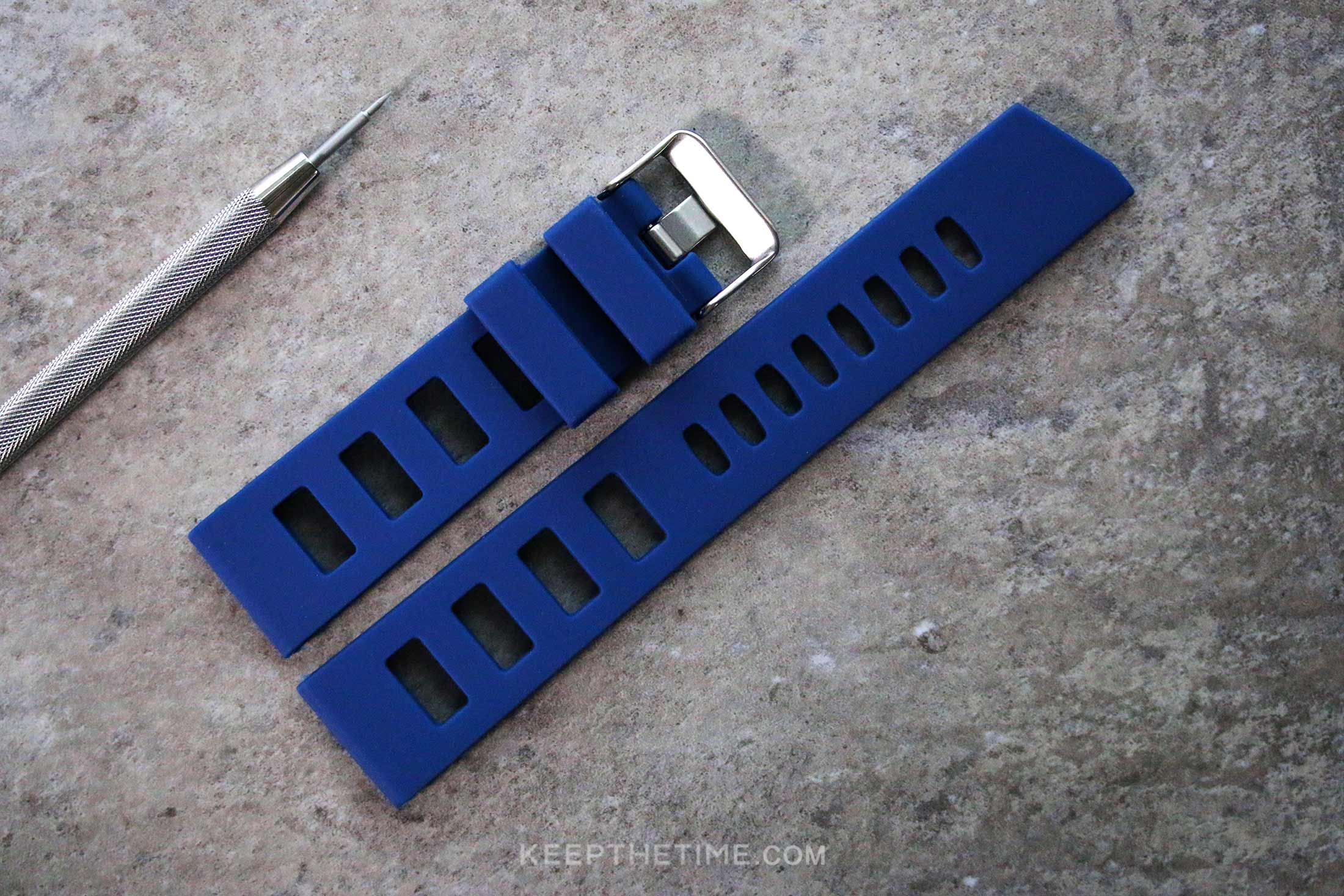 Slotted Ladder Silcone Dive Watch Strap Blue 10